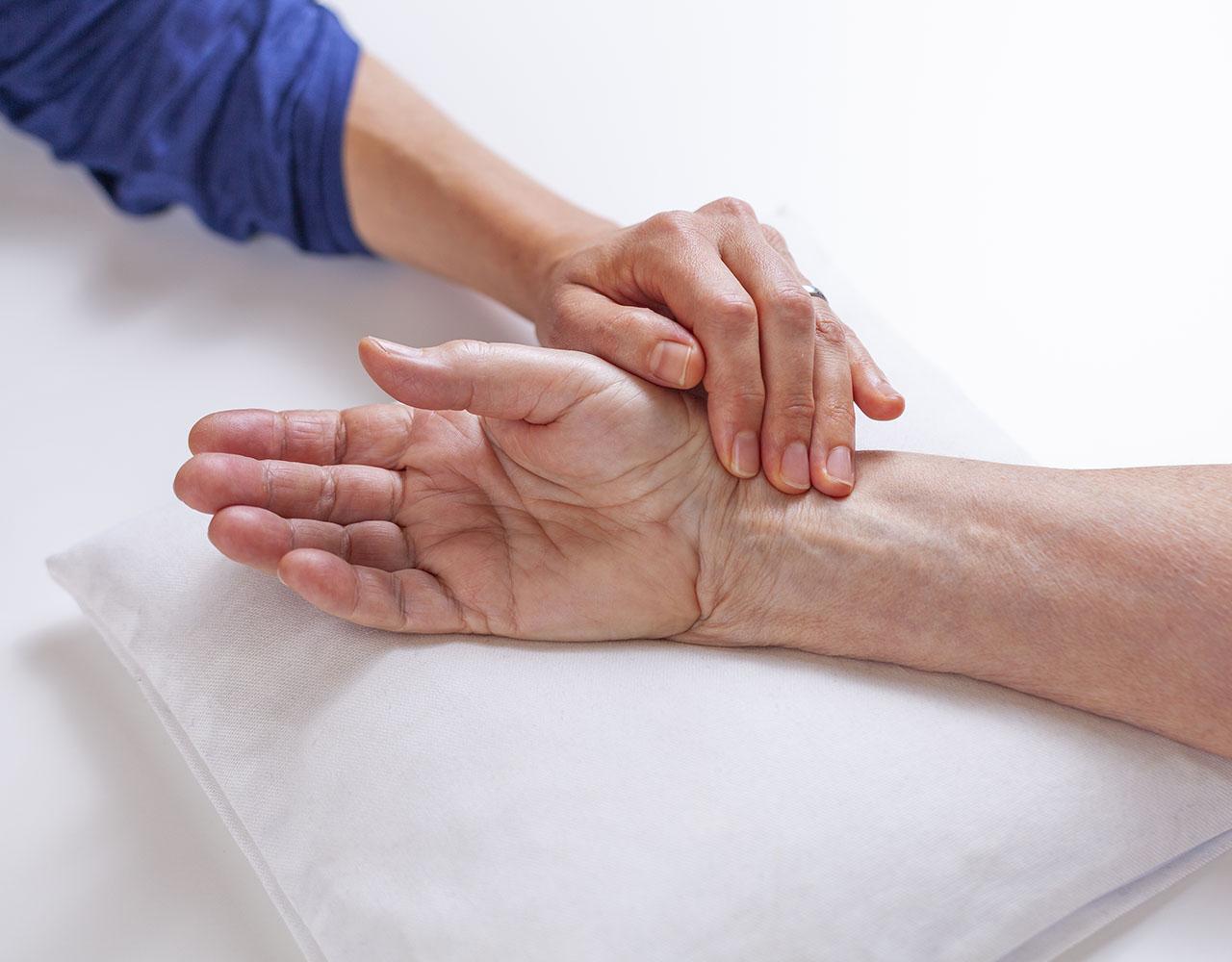 TCM Pulsdiagnose - Dr. med. Sabine Habelt